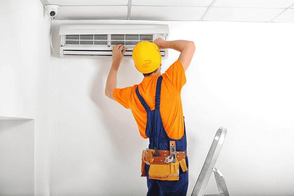Thợ sửa máy lạnh tại Quy Nhơn