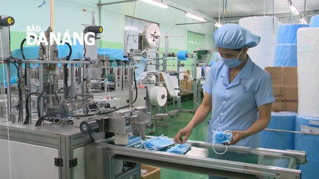 Top 5 địa chỉ bán khẩu trang y tế giá sỉ tại TPHCM, Bình Dương